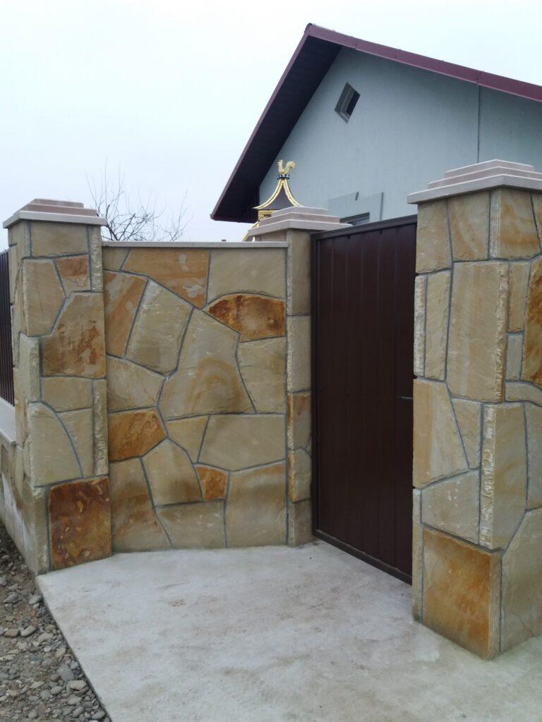 Паркан з натурального каменю 19